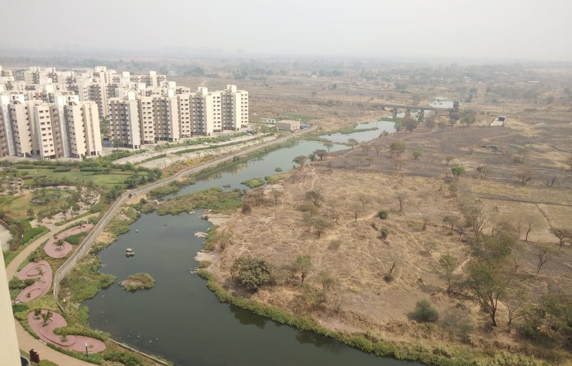 3 bhk Lodha Golf Links Resale Price