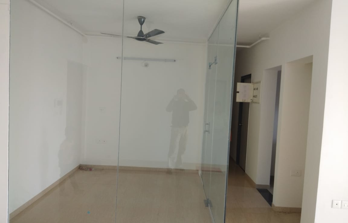 2 bhk flat for sale in lodha exotica building in palava